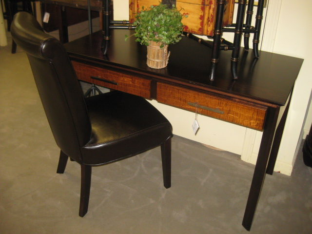 2 Drawer Writing Desk w Chair